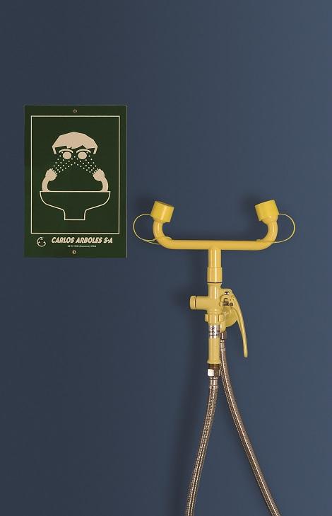 žltá nástenná laboratórna očná sprcha kombinovaná s ručnou sprchou CA3110 bez výlevky - havarijná sprcha