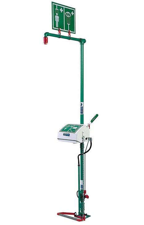 zelená exteriérová kombinovaná havarijná bezpečnostná sprcha s fontánou pre oplach očí/tváre