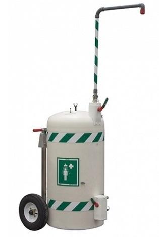 Mobilná bezpečnostná sprcha celotelová na kolesách so 114l zásobníkom vody